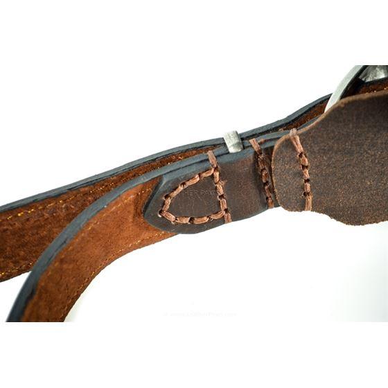 Red Oak Medium Harness stitching